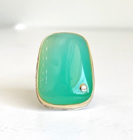 JAMIE JOSEPH Smooth Chrysoprase Ring with Diamond