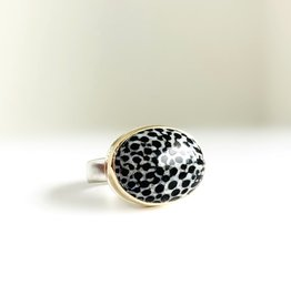 JAMIE JOSEPH Fossilized Stingray Coral Ring
