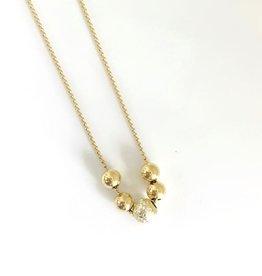 "SENNOD 5 Gold Balls Necklace - 16"""