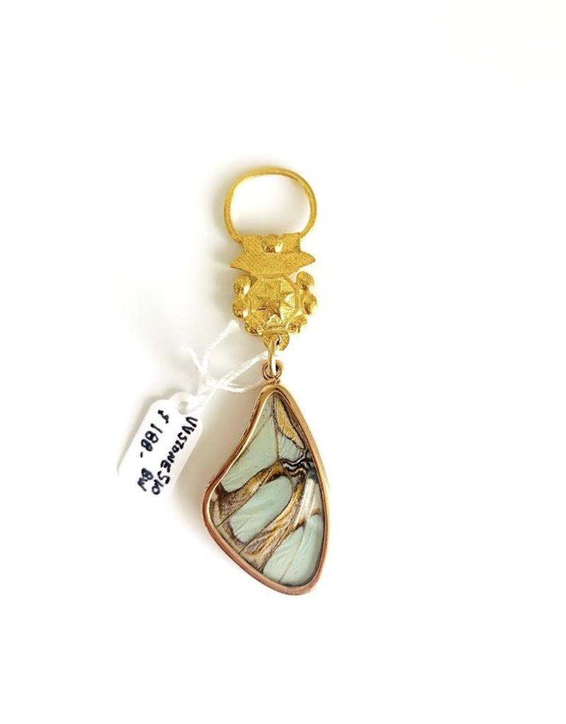 SENNOD Butterfly Wing in Bezel Vignette