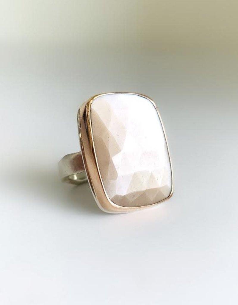 JAMIE JOSEPH Large Vertical Rectangular Rose Cut Peach Moonstone Ring