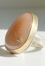 JAMIE JOSEPH Large Vertical Asymmetrical Smooth Peach Moonstone Ring