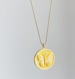 SENNOD Butterfly Disc Necklace - 16""