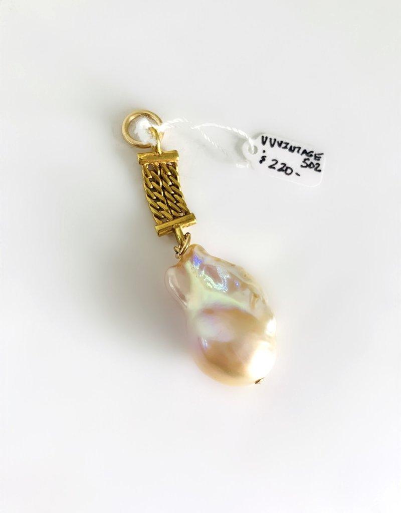 SENNOD Blush Pearl with Gold Vintage Vignette