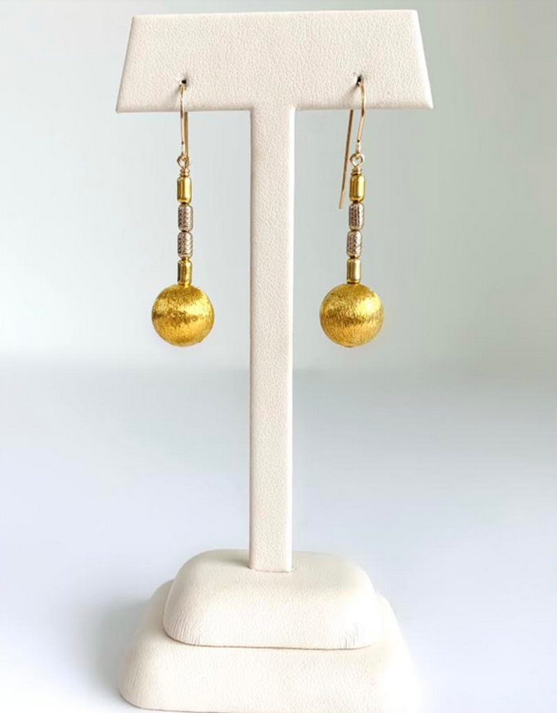SENNOD Brushed Ball with Bead Two-tone Earrings