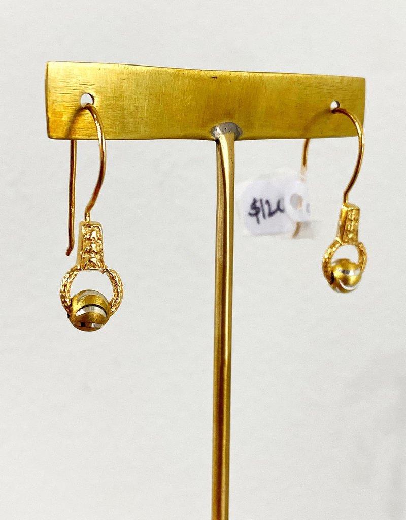 SENNOD Gold Swirl Ball Drop Earrings