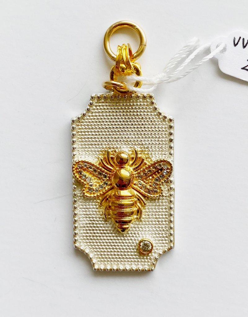 SENNOD Two-tone Diamond Bee Dogtag Vignette