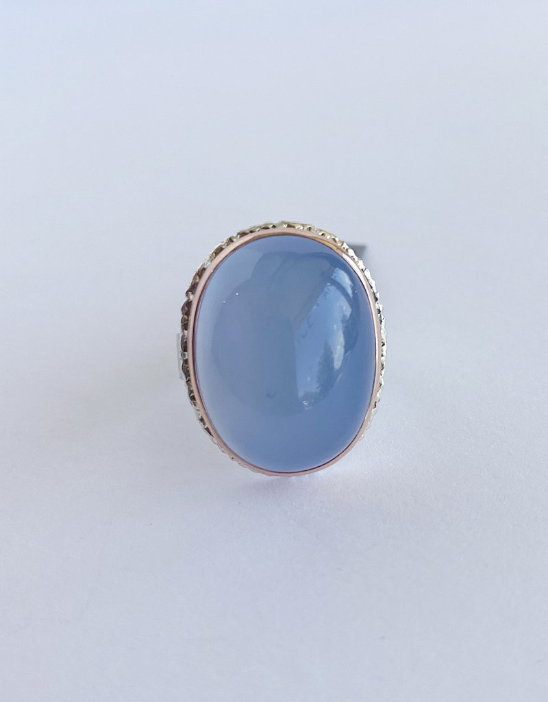 JAMIE JOSEPH Vertical Oval Smooth Blue Chalcedony Ring