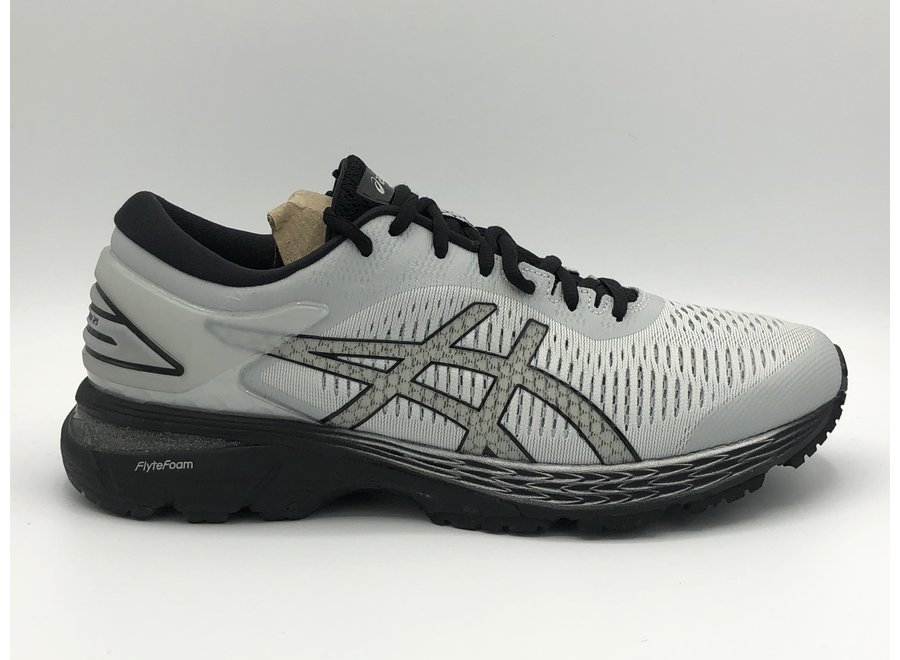 M Asics  Gel Kayano 25