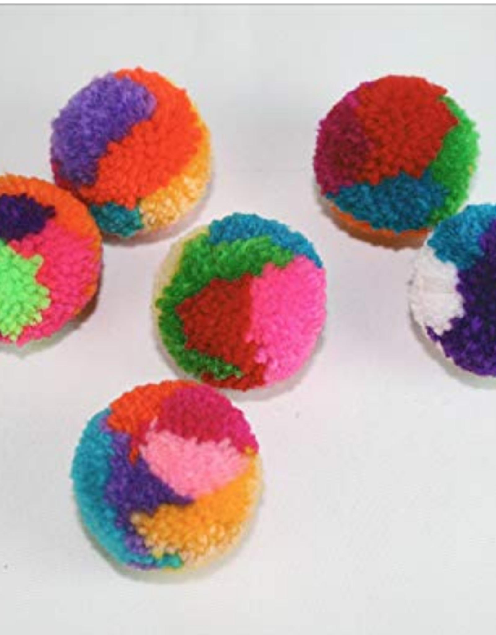 Goli Pom Pom Cat Ball