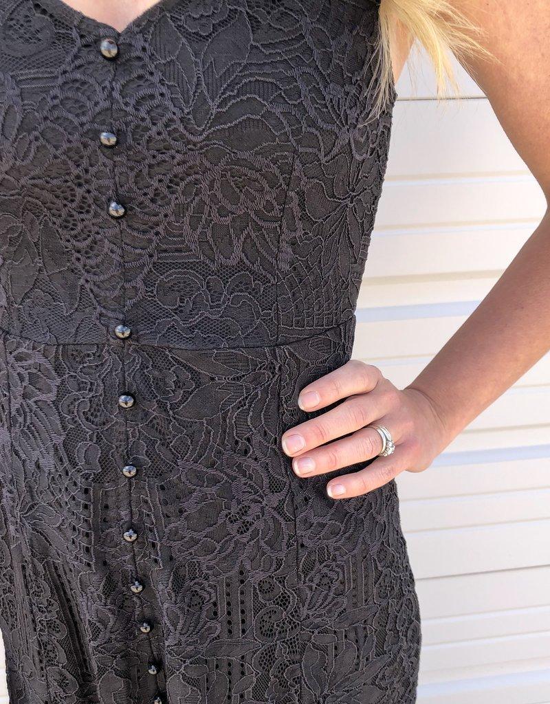 Sleeveless Lace Button Maxi