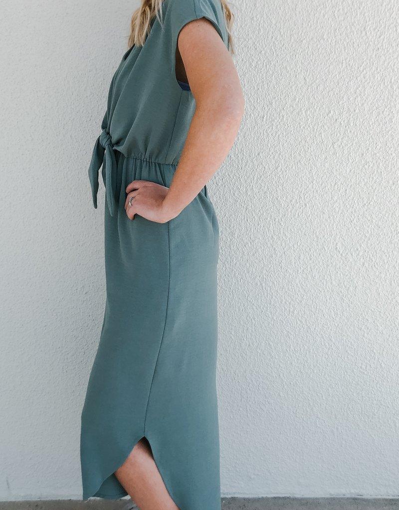 Short Sleeve V-Neck Woven Dress