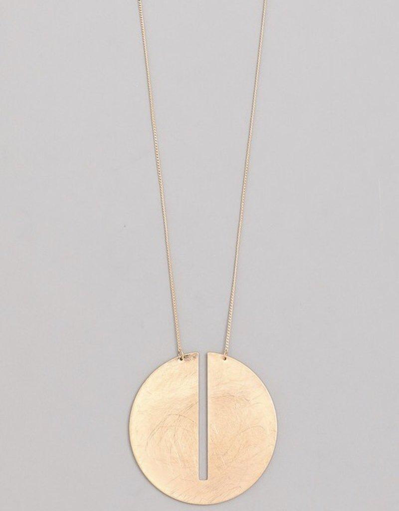 Center Cut Circle Pendant Necklace