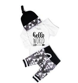 Gigi and Max Hello World Triangle Newborn Set