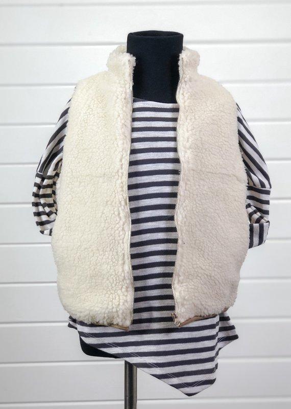 Sleeveless Zip-Up Sherpa Vest