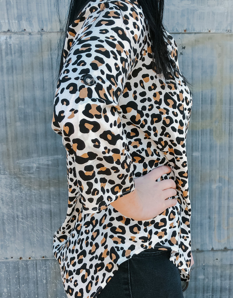 509 Broadway Leopard Tab-Up Top