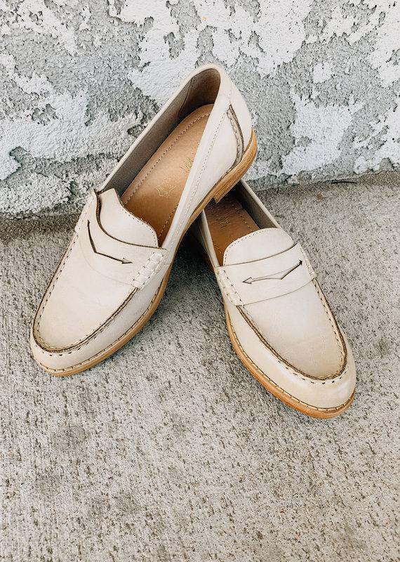 Mi.iM The Eris Bright Vintage Loafer