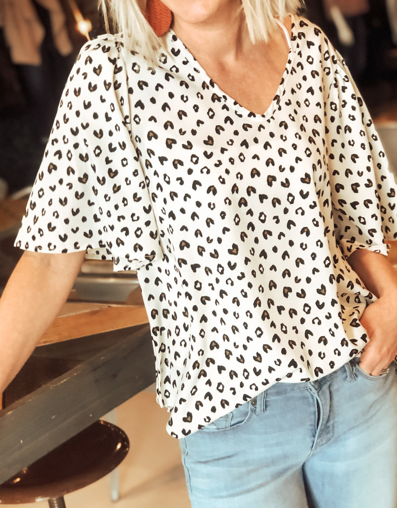 509 Broadway Heart Print Flutter Sleeve V-Neck Blouse