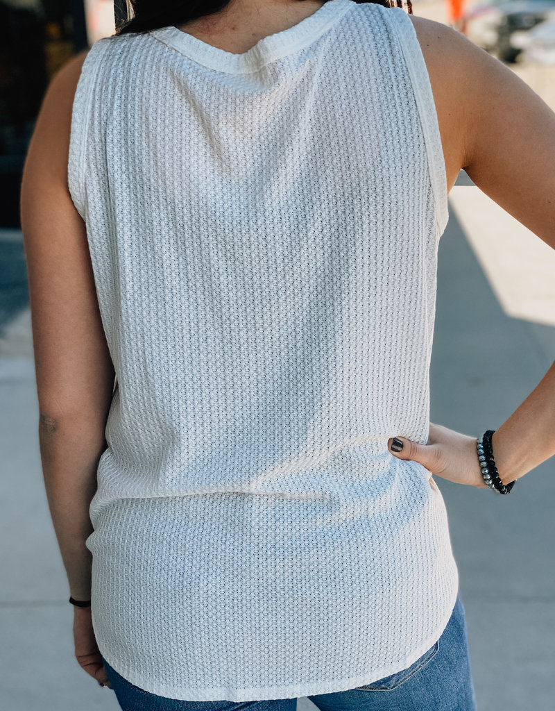 509 Broadway Sleeveless Button Down Thermal Top