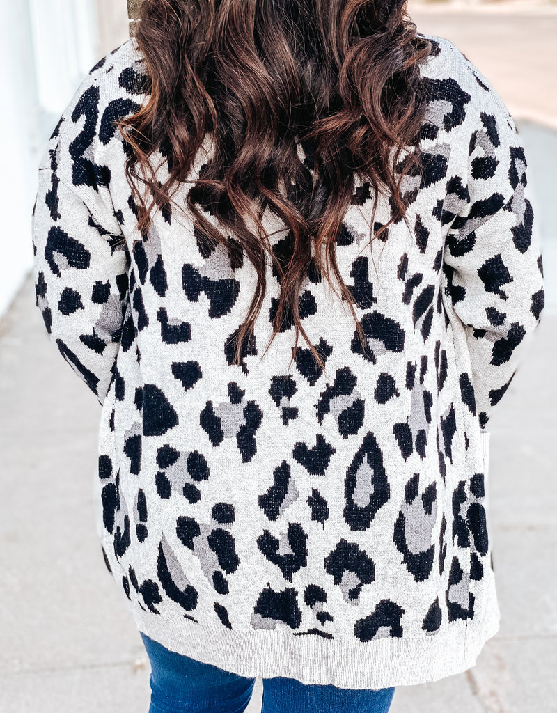 509 Broadway Leopard Print Sweater Cardigan