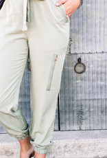 509 Broadway Solid Zipper Detail Jogger