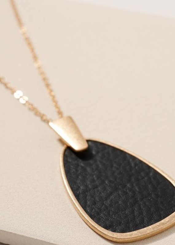 509 Broadway Leather Geometric Pendant Necklace