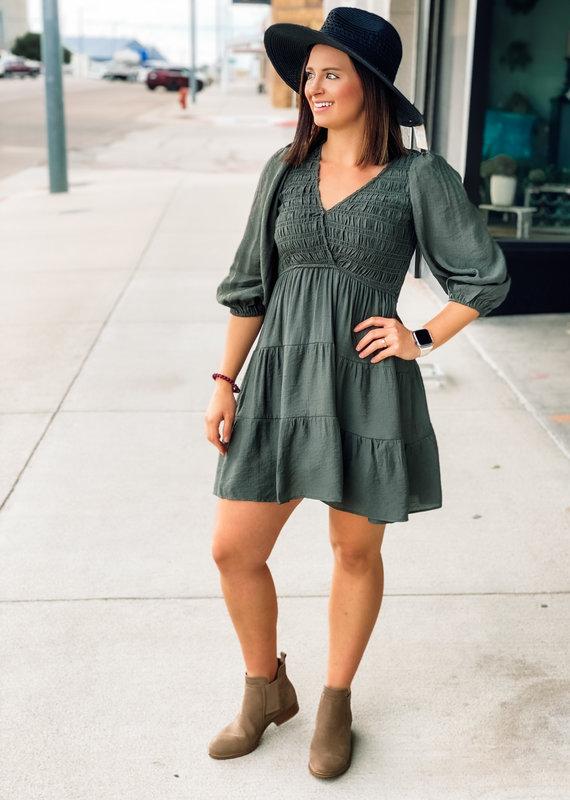 509 Broadway Tiered V-Neck Dress