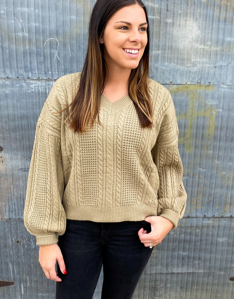 509 Broadway Cable Knit Pullover Sweater