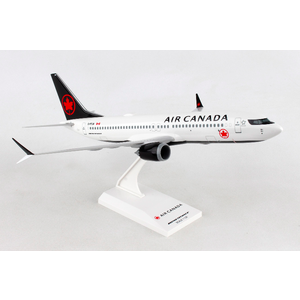 B737 MAX8 AIR CANADA 2017 1:130 WITH STAND