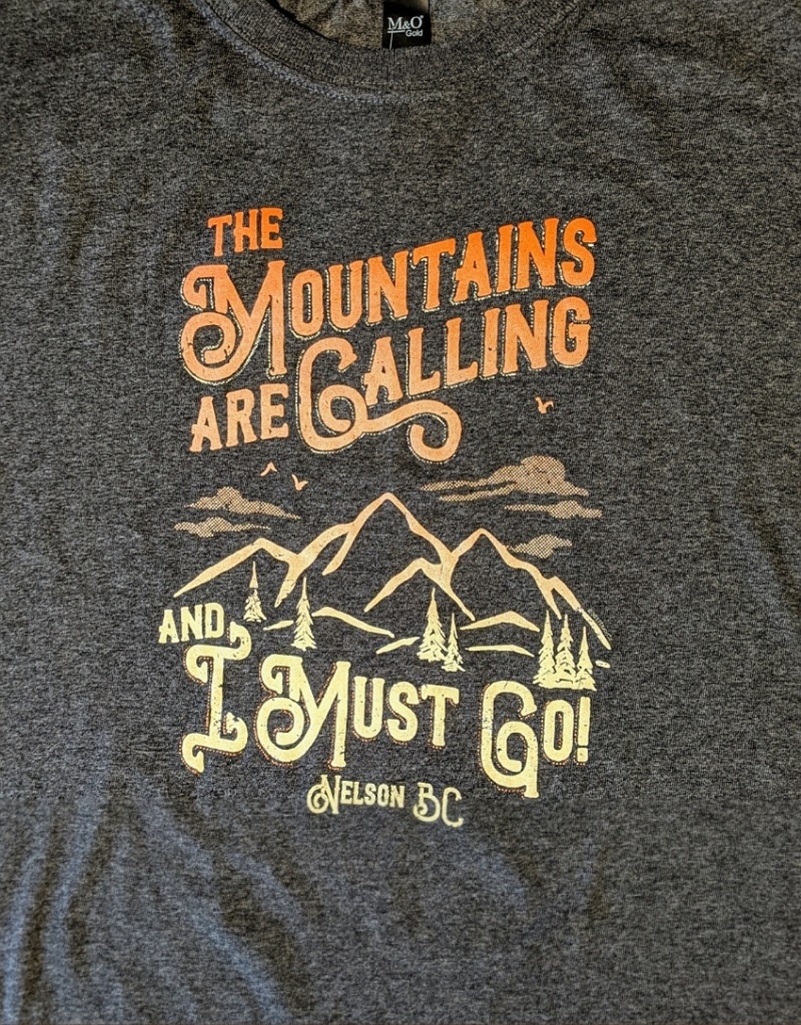 Nelson Souvenir Tee - Mountains Are Calling