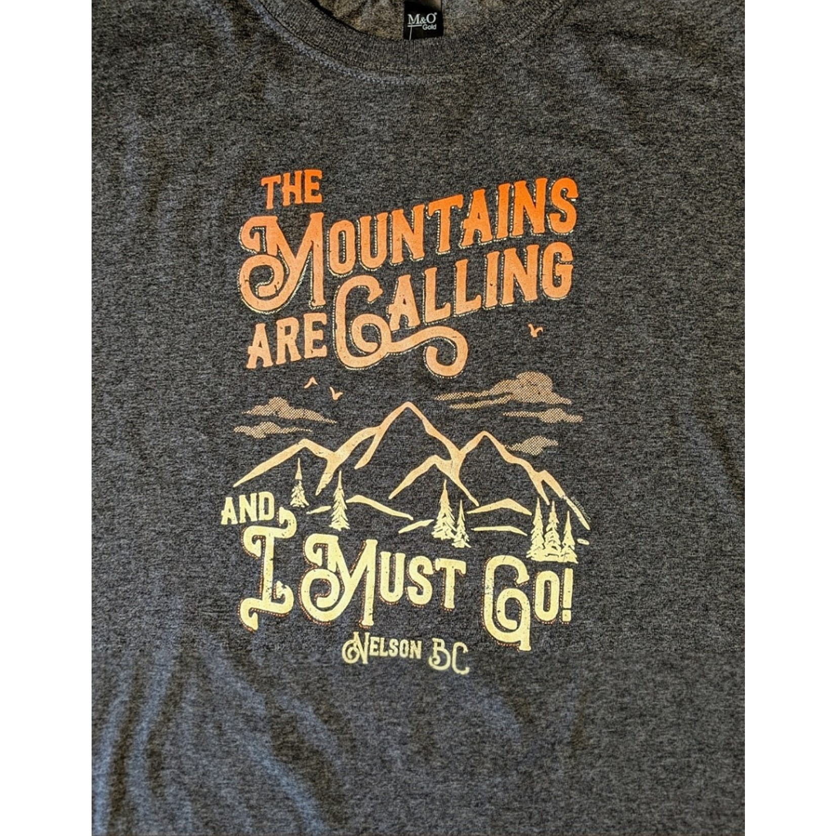 Nelson Souvenir Tee - Mountains Are Calling