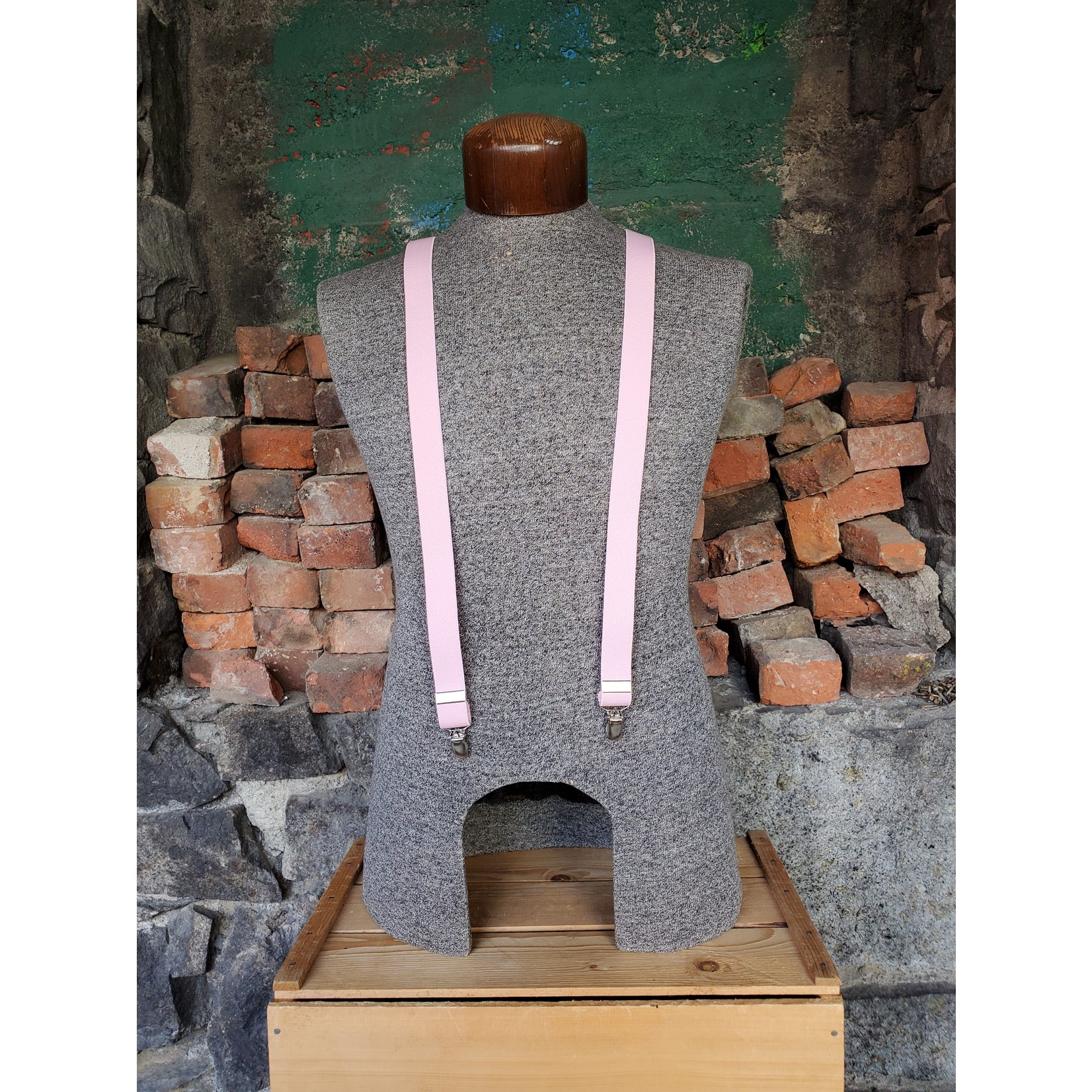 """Lynn Valley Mfg Lynn Valley Dress 1"""" Suspender SCPi100-4 Pink"""