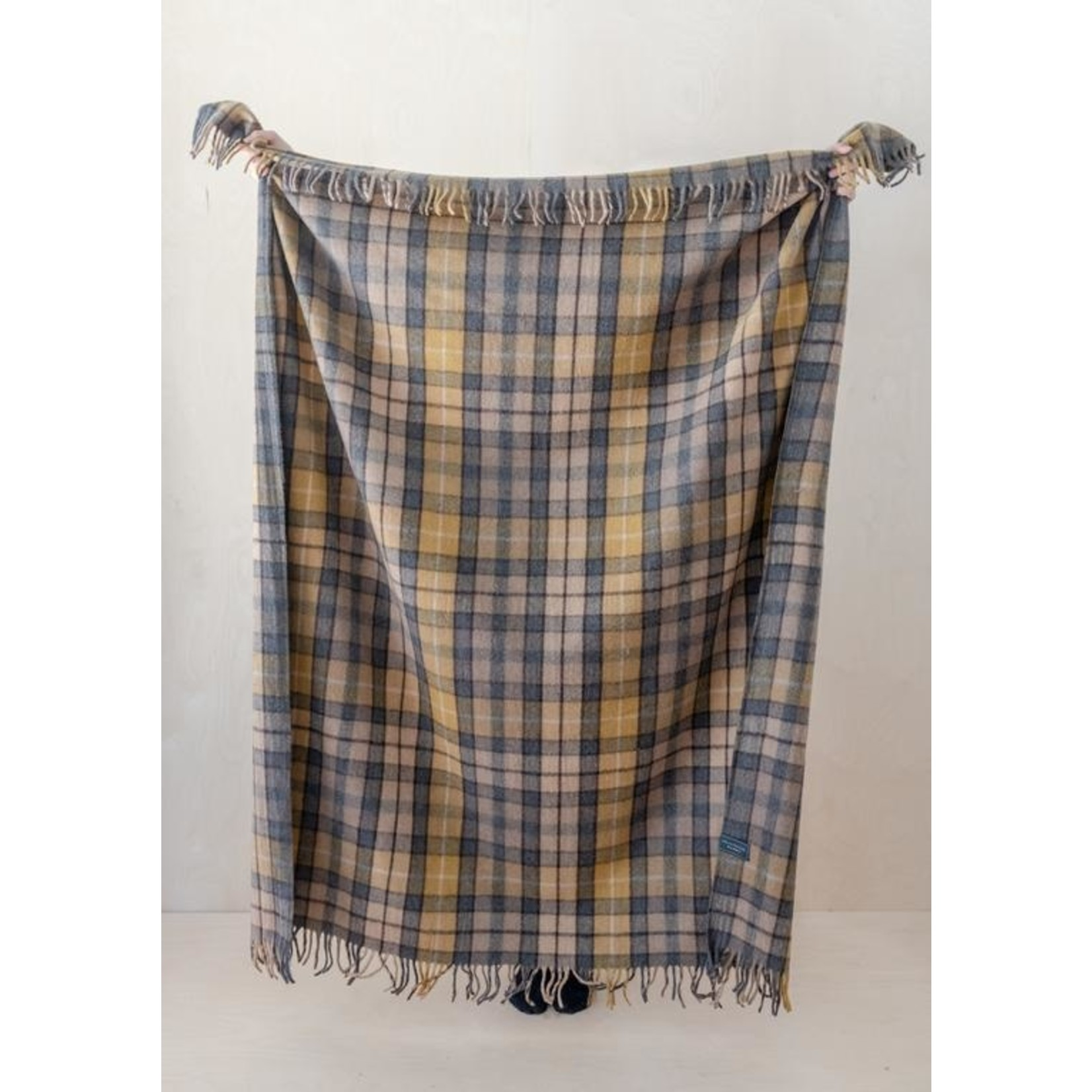 Aran Crafts Edinburgh 4812NB Wool Throw - Natural Buchanan
