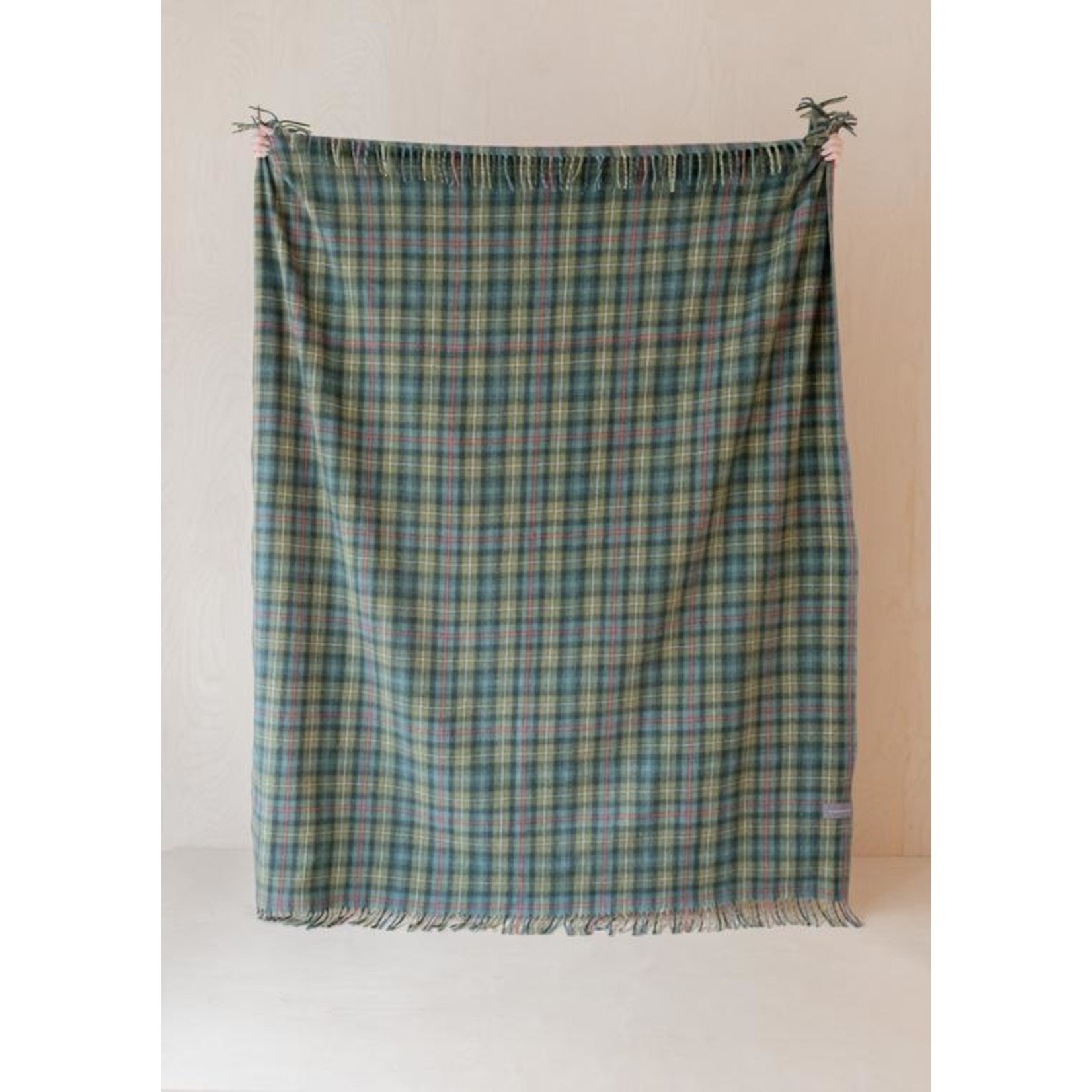 Aran Crafts Edinburgh 4812MAC Wool Throw - MacKenzie