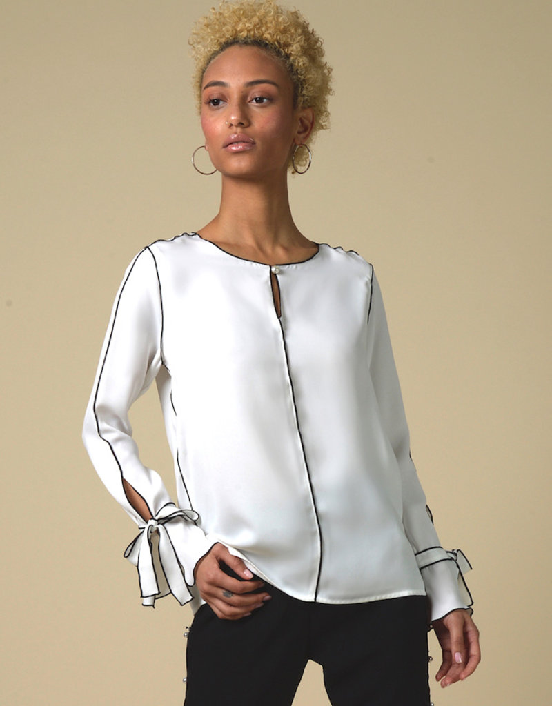 Cistar Cistar contrast edge blouse