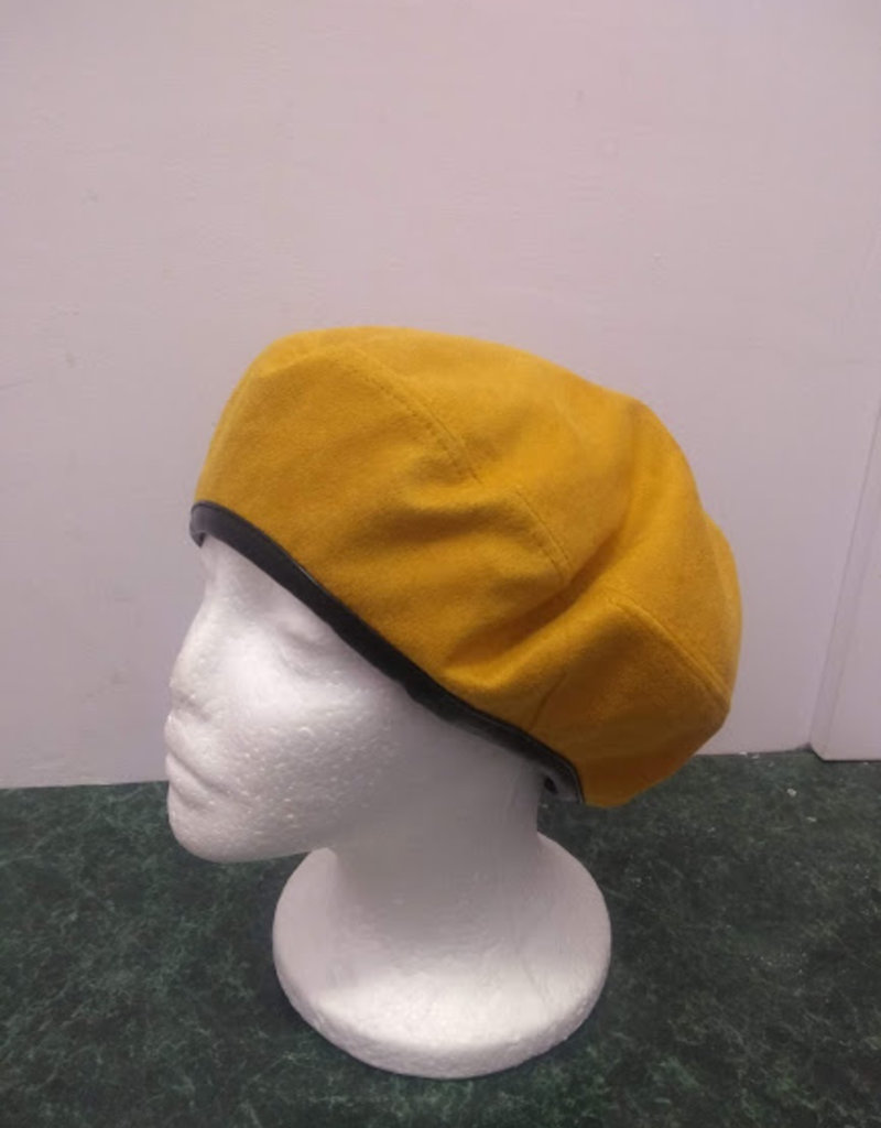 Something Special Suede beret w/black leather trim