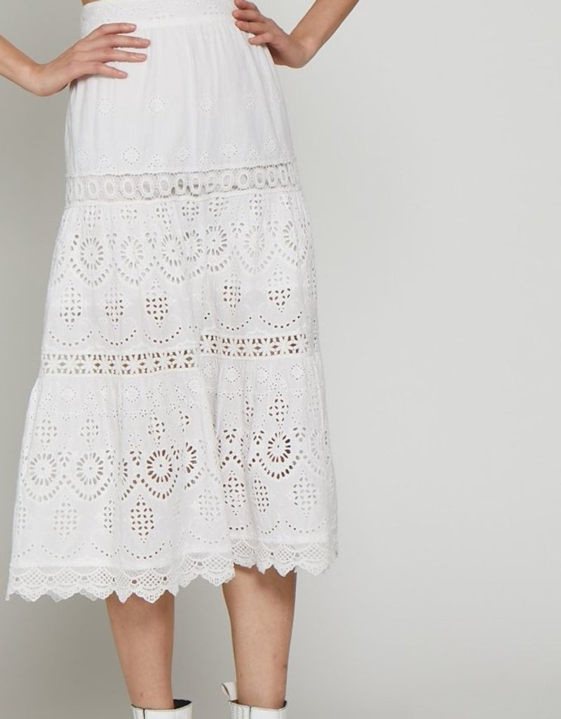 Walter Baker White lace midi lined to knee