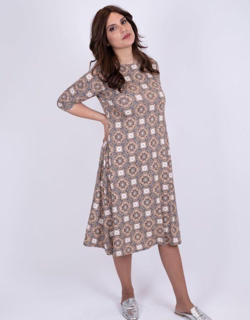 KMW Beige/Grey kaleidescope dress