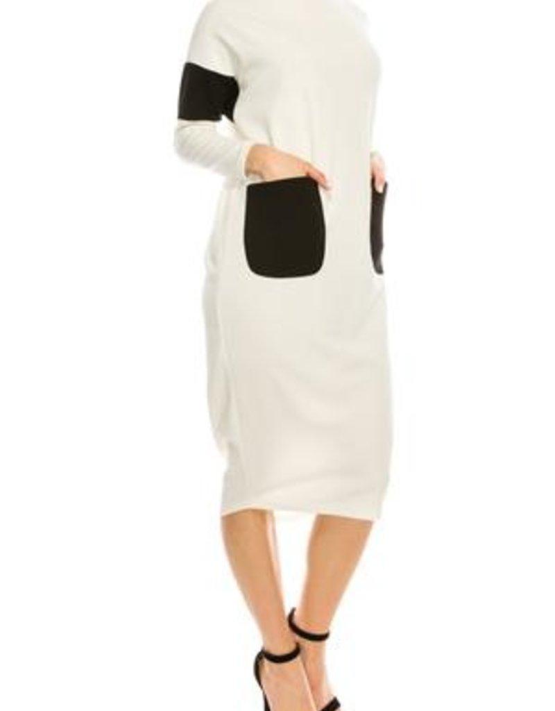 Chi Chi White bubble dress w/black pkts