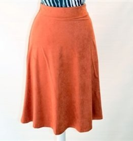 Chi Chi Suede lined flare skirt