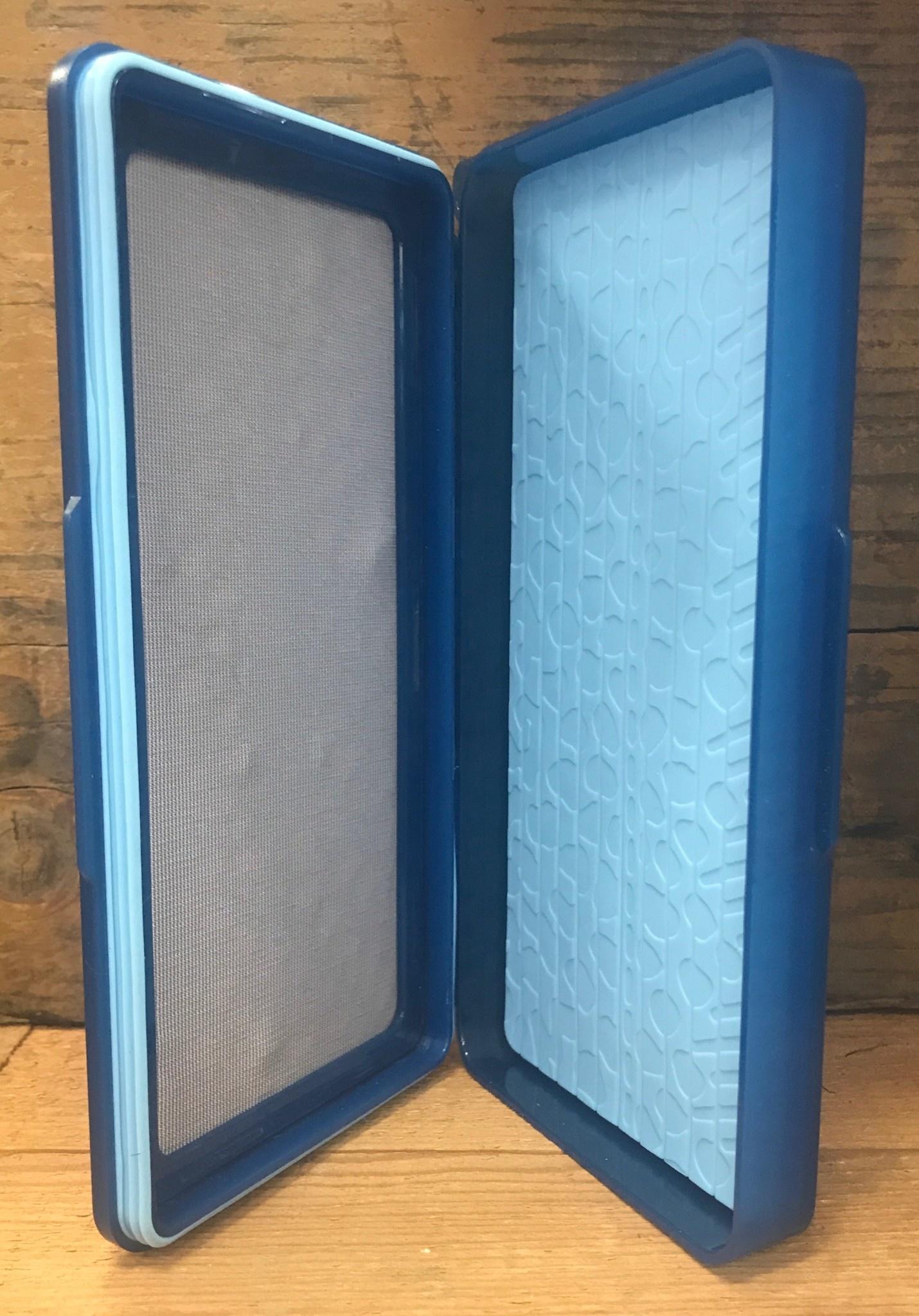 Tacky Flydrophobic SD Box