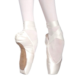 Russian Pointe Rubin Pointe Shoe-FM