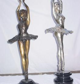 Sports 4 Girls Silver Statue en Pointe B107