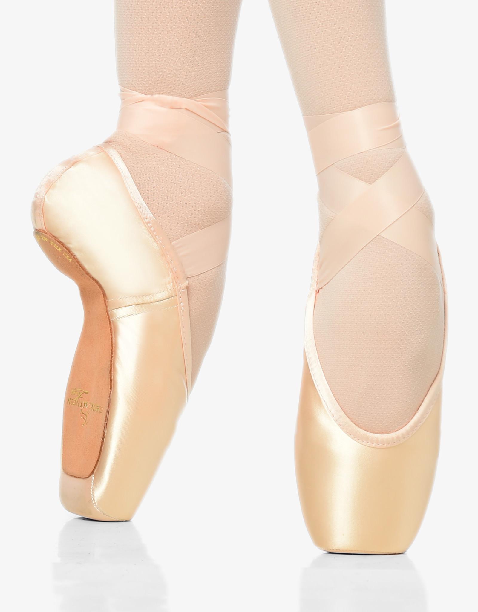 Gaynor Minden Sculpted Fit Supple Shank Pointe Shoe