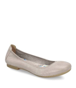 Born Julianne Perforated Flat