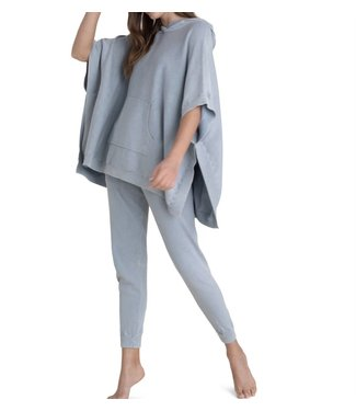 Barefoot Dreams Sunbleached Poncho