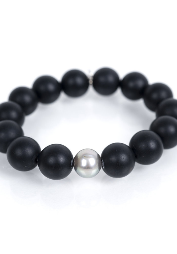 Black Onyx with Gray Pearl