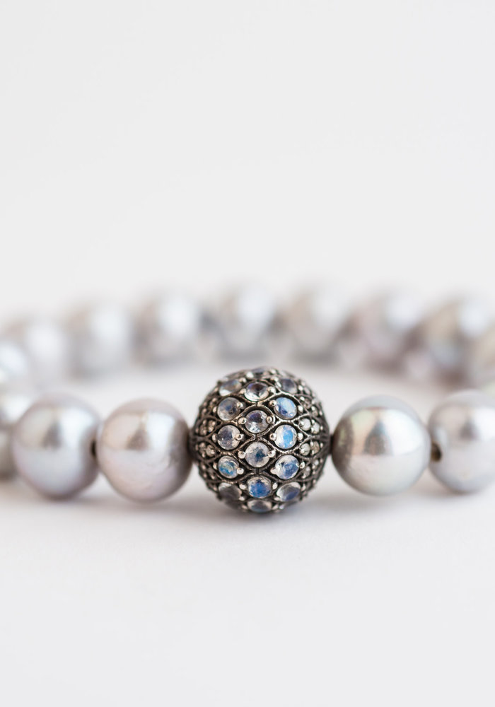 Gray Pearl Stretch with Moonstone and Diamond bead