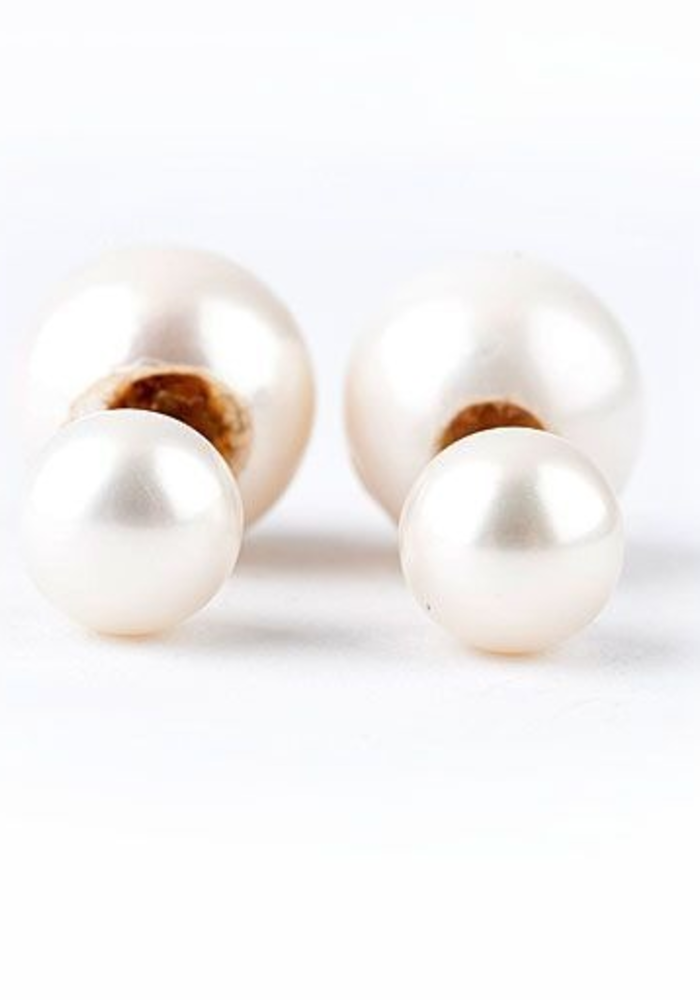 Dior Double Pearl Earring