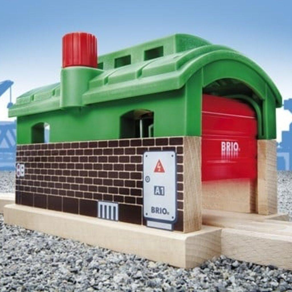 Brio Tunnel garage